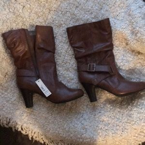Over ankle brown boots